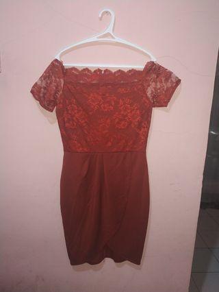 Dress Merah Sabrina