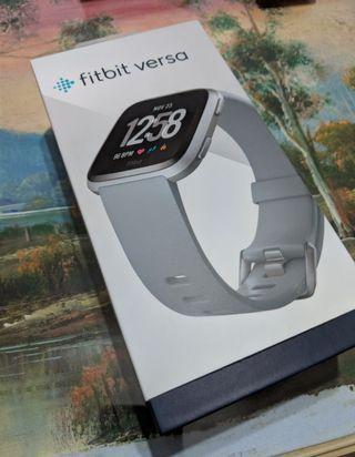 🚚 Fitbit Versa