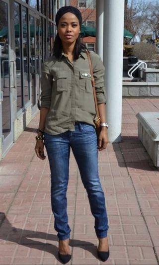 Blouse Shirt in Army Green