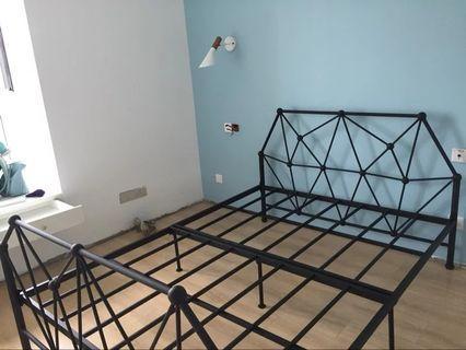 鐵床 BED