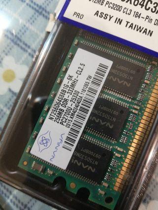 記憶卡 南亞 256MB DDR 333MHz CL2.5 PC2700U-25330
