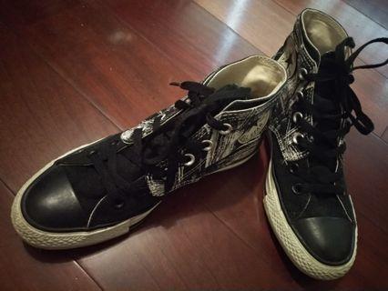 Converse黑白皮革鞋