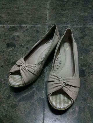 專櫃 法式優雅百搭魚口鞋