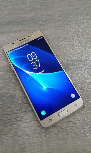 Samsung J7 2016 (Used)
