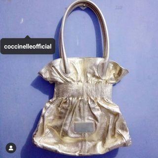 Coccinelle Authentic