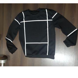 Men Black sweater