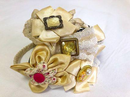 Handmade Hairband & Clips (Brand New).
