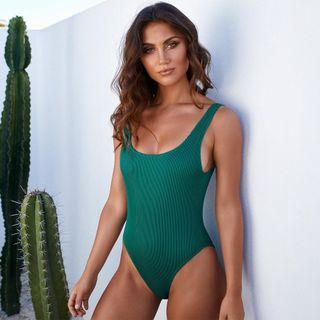 BRAND NEW Molly One Piece Swimsuit size 8
