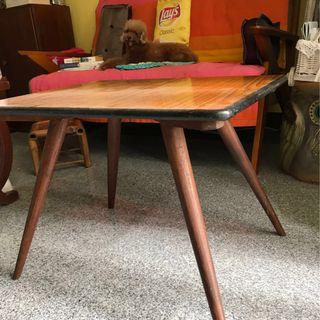 Coffee Table Retro Vintage Pencil Leg 70s