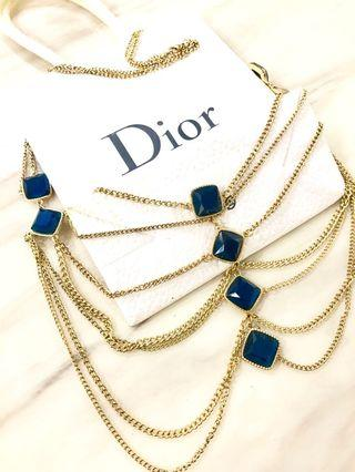 🚚 Draping Necklace.