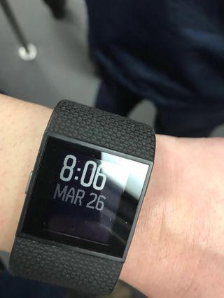 Fitbit suger內置GPS跑步及運動手錶L size