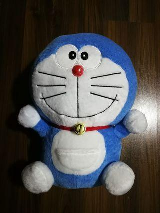 🚚 Doraemon Plush Toy