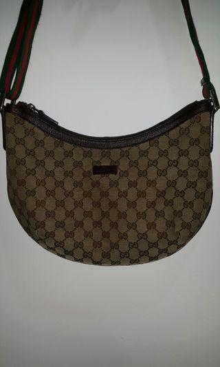 Gucci sling bag, unisex