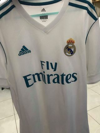 f38631e70a6 AUTHENTIC Adidas Real Madrid 17 18 Home Kit