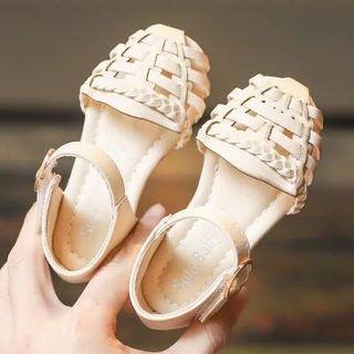 🚚 藤編小童涼鞋 17.5cm