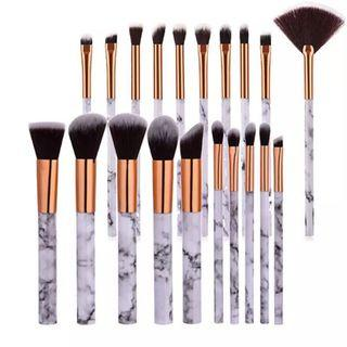 MARBLE MAKEUP BRUSHES PACK OF 10