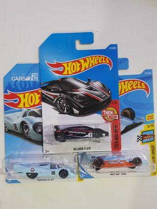 Hot Wheels Set of 3