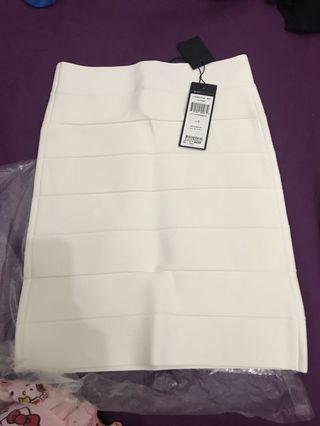 🚚 Bodycon skirt