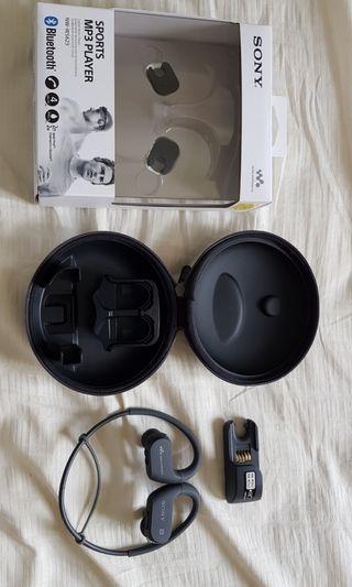 Sony bluetooth Walkman waterproof