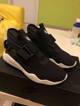 Nike Komyuter PRM size us9.5