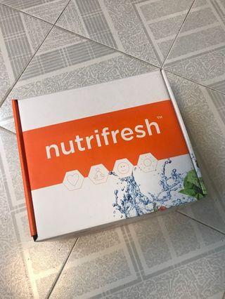 全新Nutrifresh Cast Iron 鑄鐵鍋1.7 L  + Ramekin 心型小焗盤 300 ml x2