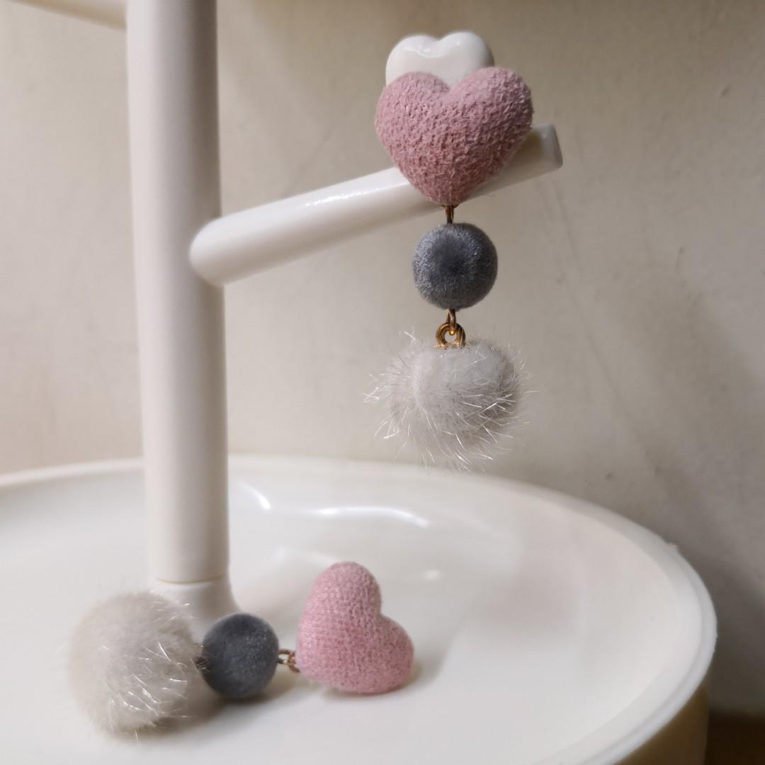 愛心 毛球 耳環 耳針