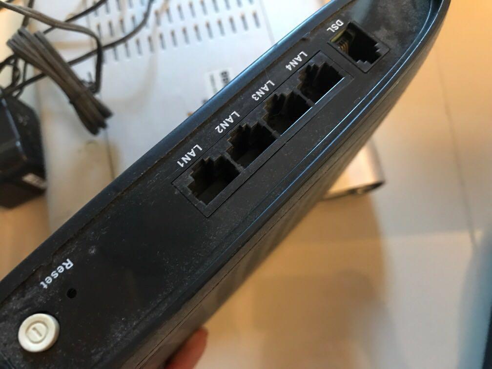 上網 router boardband tv now netvigator 連火牛 remote included  nowtv