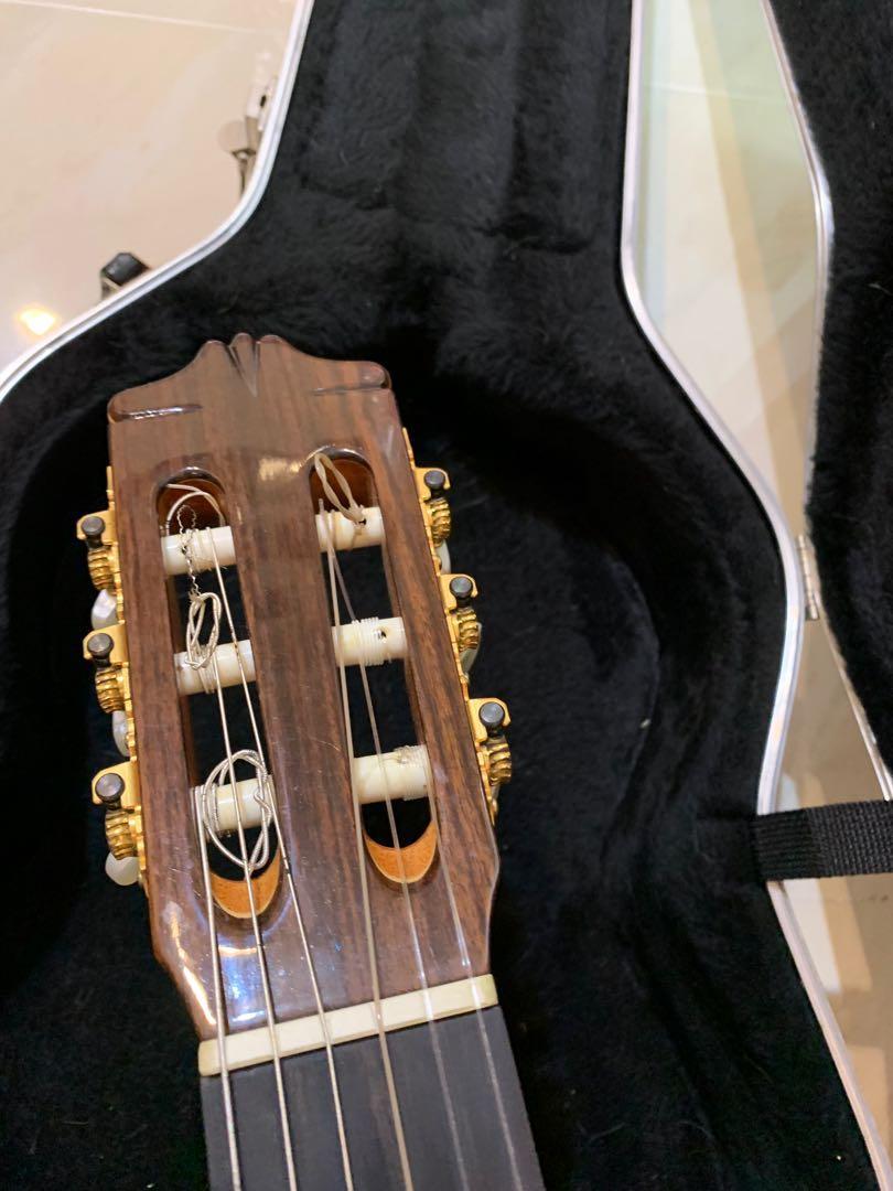 Albambra 古典結他( made in Spain) + hard case
