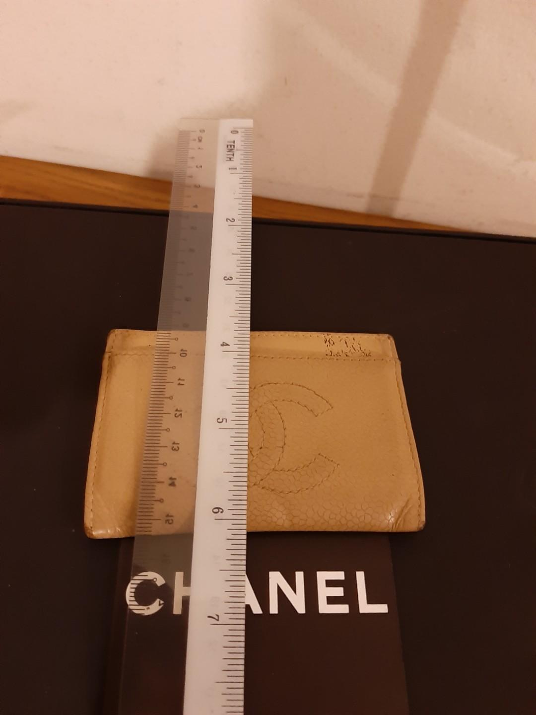 AUTHENTIC CHANEL CC LOGO CARD HOLDER - BROWN CAVIAR LEATHER - HOLOGRAM SERIAL STICKER INTACT- INTERIOR POCKET SLOTS  CLEAN - (CHANEL CARD HOLDERS NOW RETAIL OVER RM 2000+)