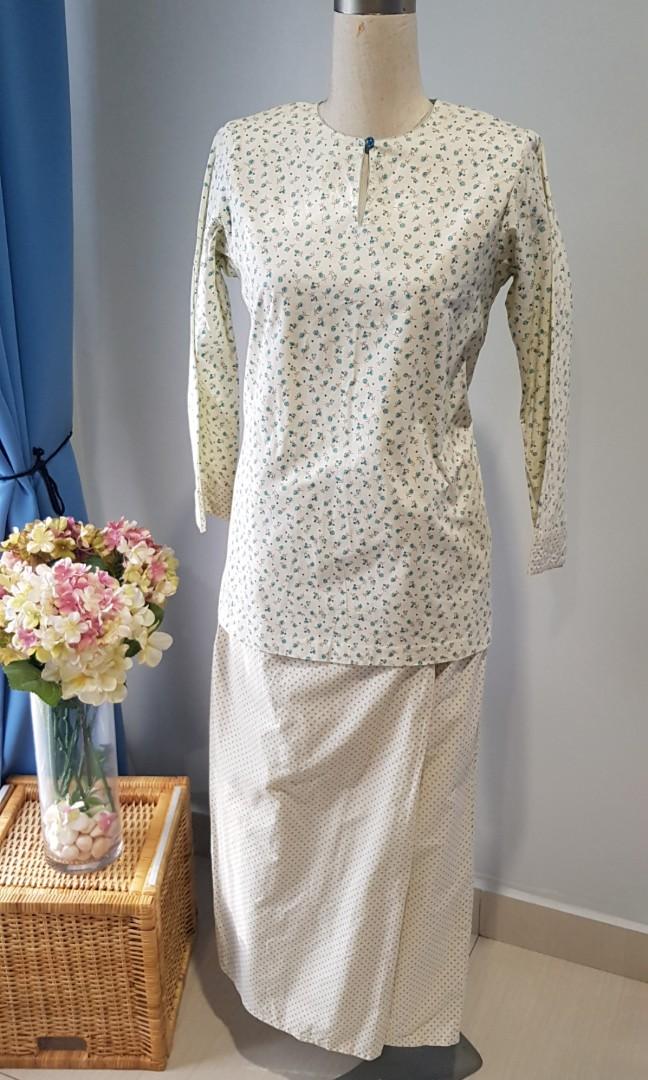 Baju Kurung Kedah Cotton Fesyen Muslimah Two Piece Di Carousell