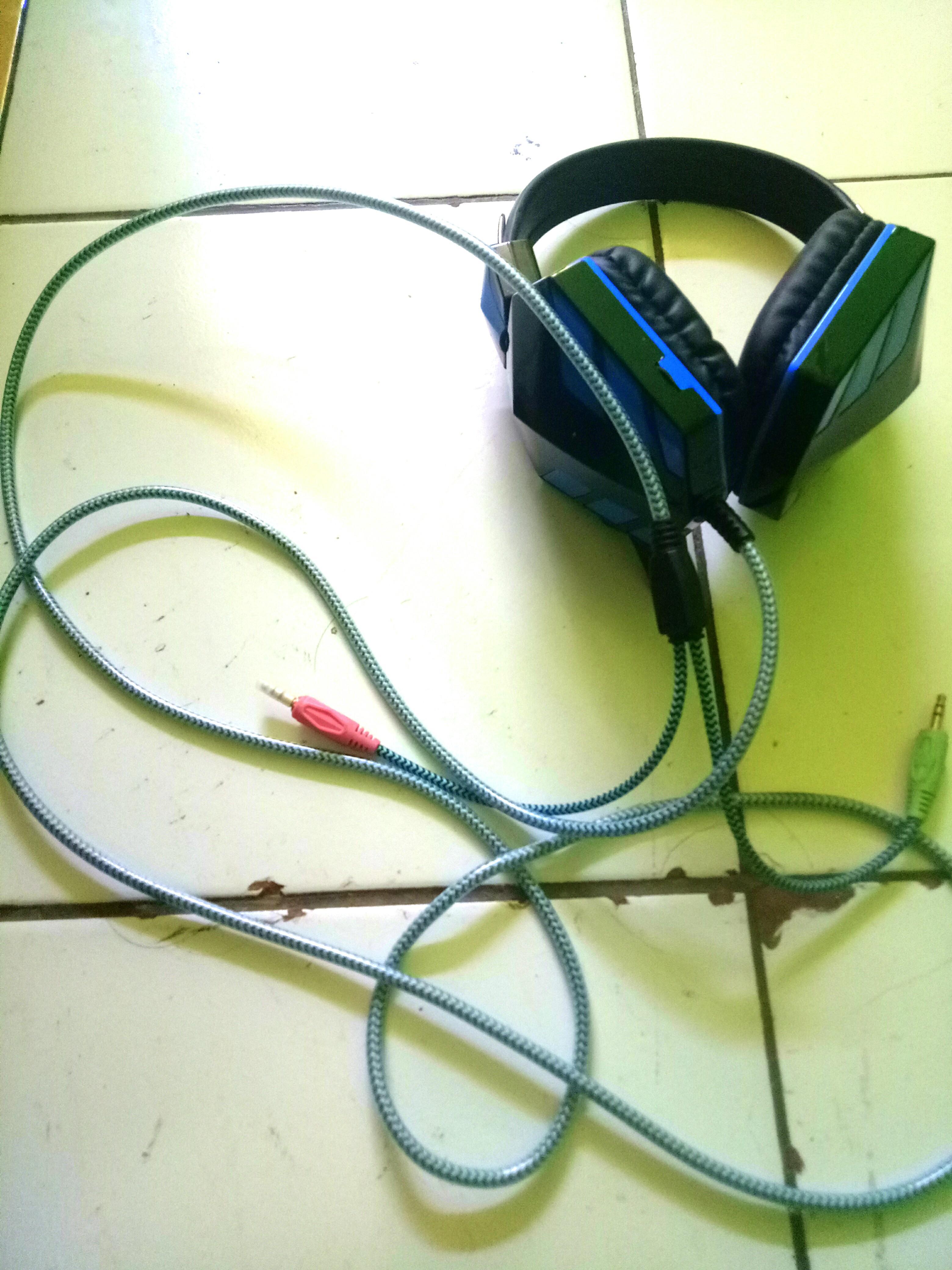 #Bapau headset