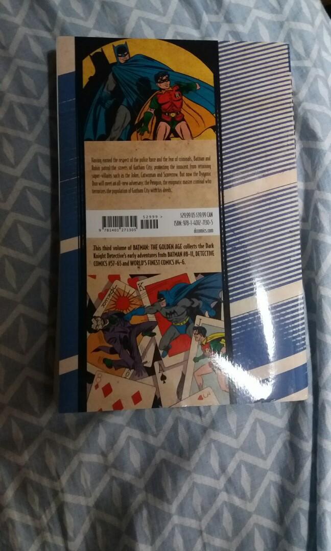 {以書換書}《Bat Man Golden age Volume》99%new 只以書換書(無限類型、價格、新舊程度)
