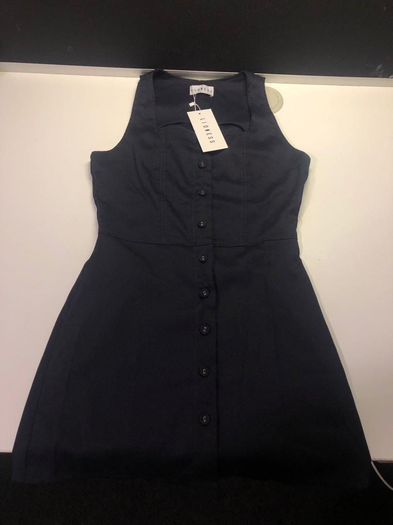 BNWT LIONESS CHASING FEELINGS NAVY BUTTON DOWN MINI DRESS SIZE 8