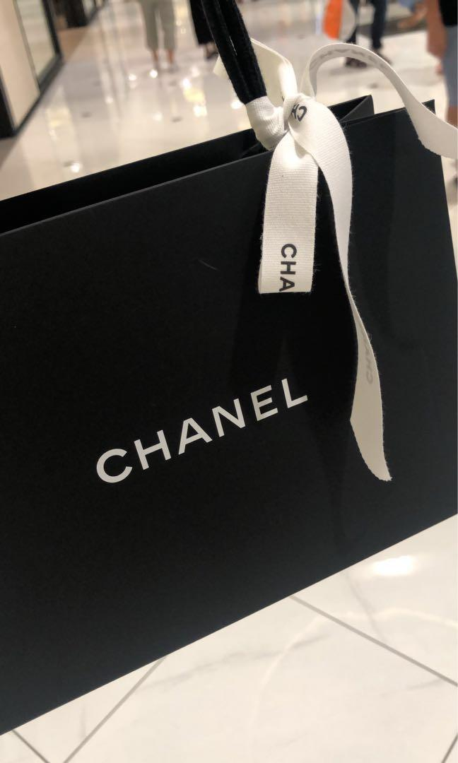 CHANEL EARRINGS (100% AUTHENTIC)