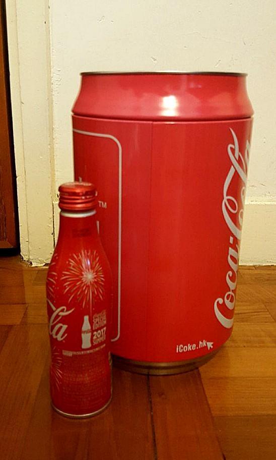 👍Coca Cola/可口可樂 儲物罐紅黑各一 (連原裝膠盒)