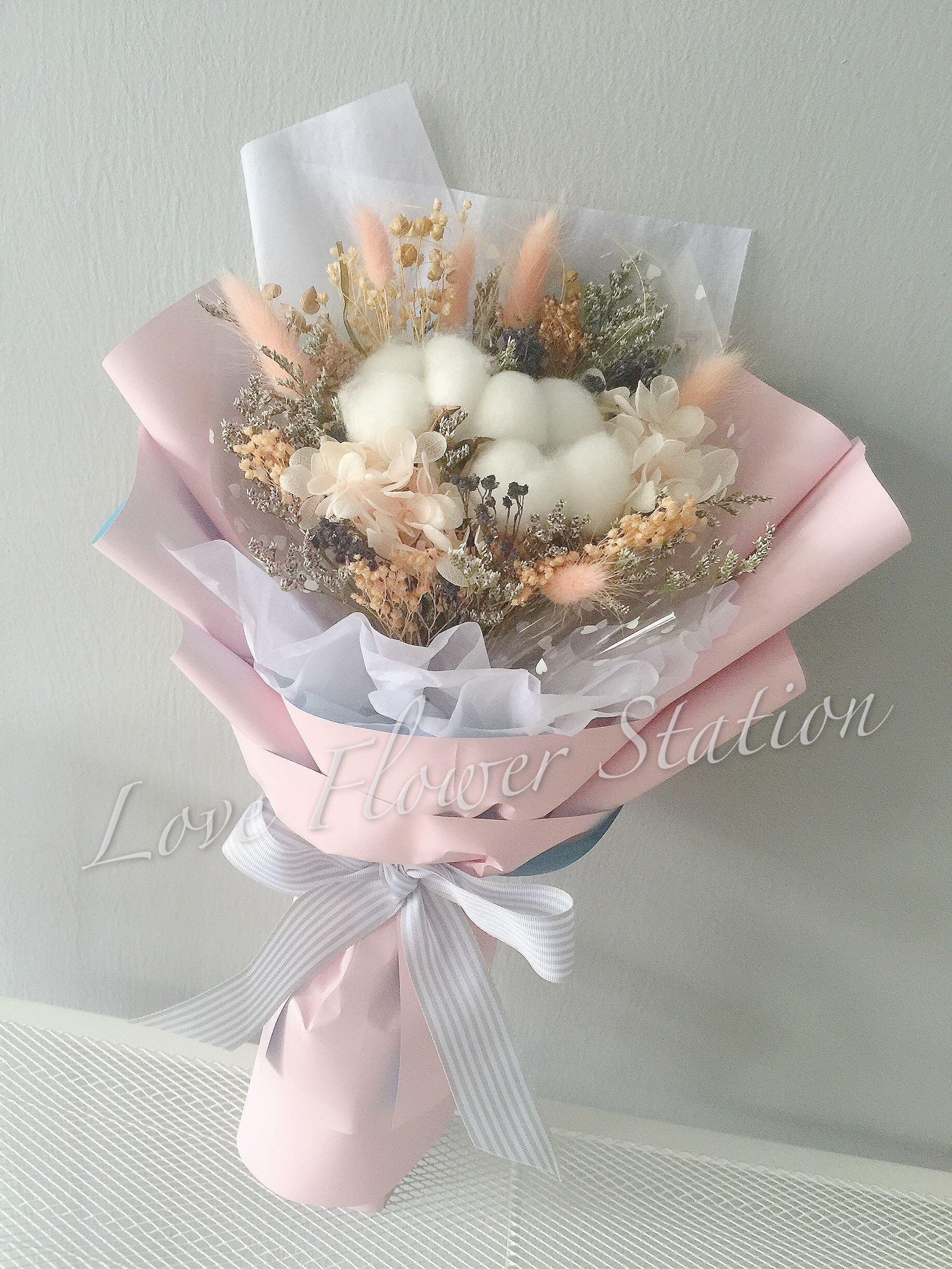 Cotton Preserved Hydrangea Peach Dried Flower Bouquet Mother S Day Flower Bouquet Graduation Flower Bouquet Birthday Flower Bouquet Gardening Flowers Bouquets On Carousell