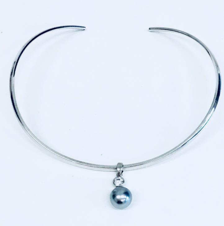 Emma Page Jewellery Silver Choker with Grey Pearl Drop Pendant