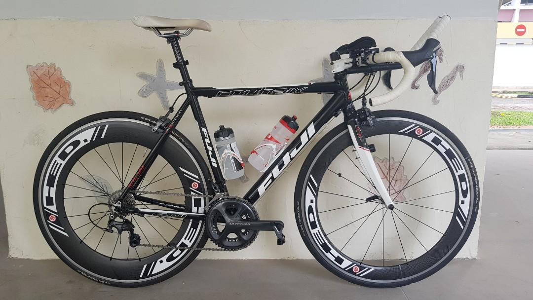 [Price drop] Fuji road bicycle (almost new 11 speed ultegra groupset, HED Jet 6/9 wheels, size 54)