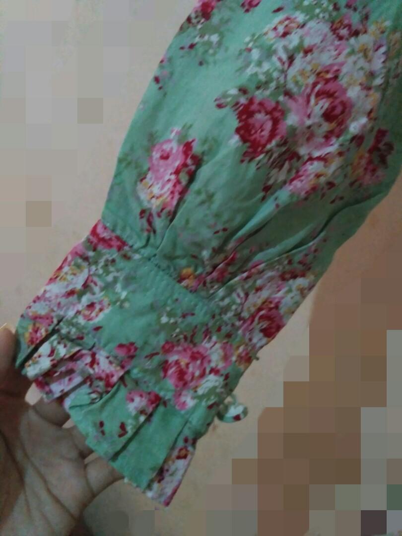 Gamis hijau flower