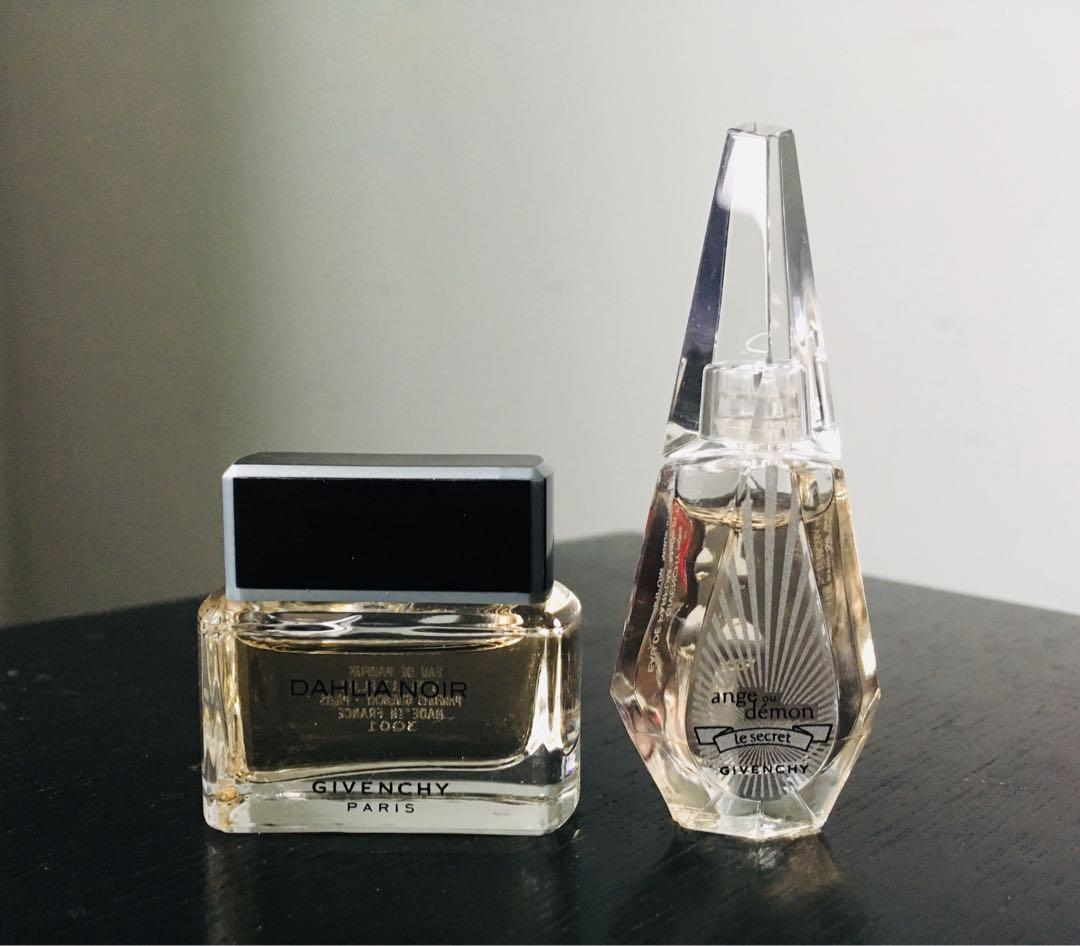 Givenchy Les Creations travel size perfume set incl: Very Irresistible, Dahlia Noir, Ange ou Demon, Eaudemoiselle - reduced (moving!)