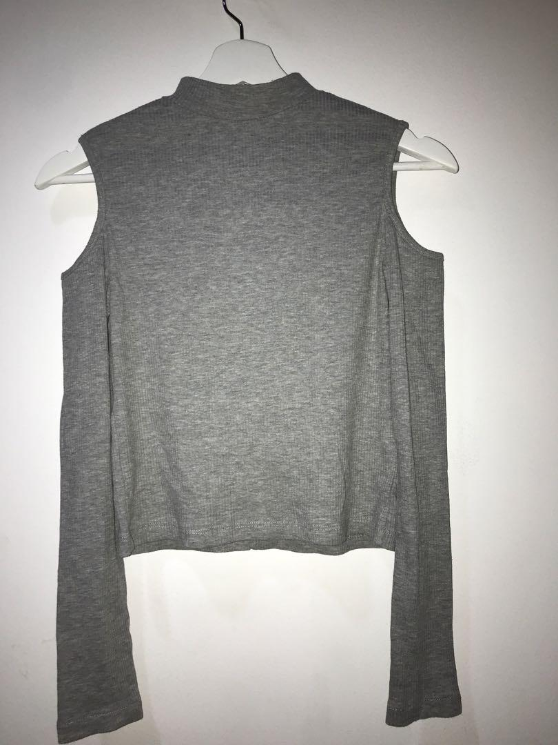 H&M off-shoulder top abu2