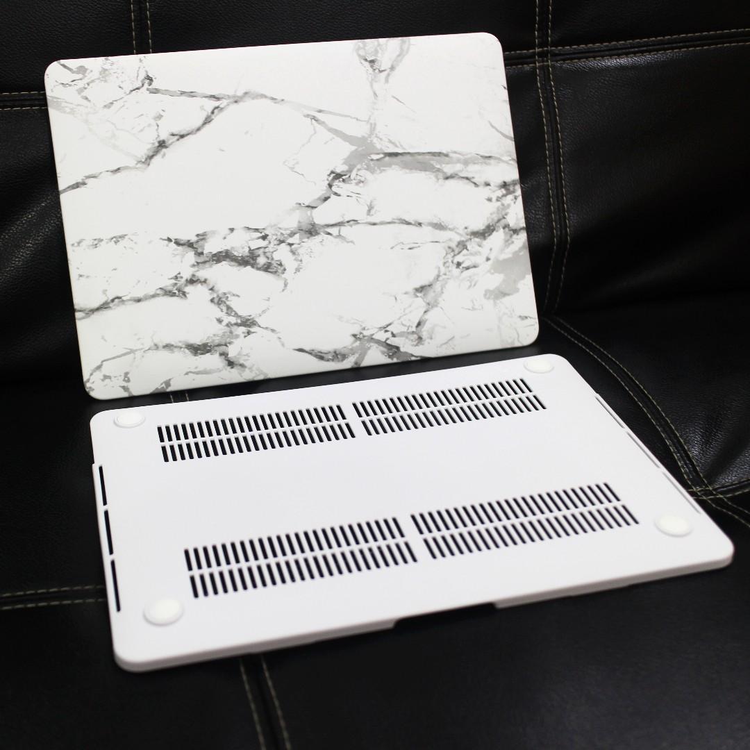 MacBook Pro 13 inch Hardshell Case White + Free Keyboard Skin Cover [BRAND NEW]