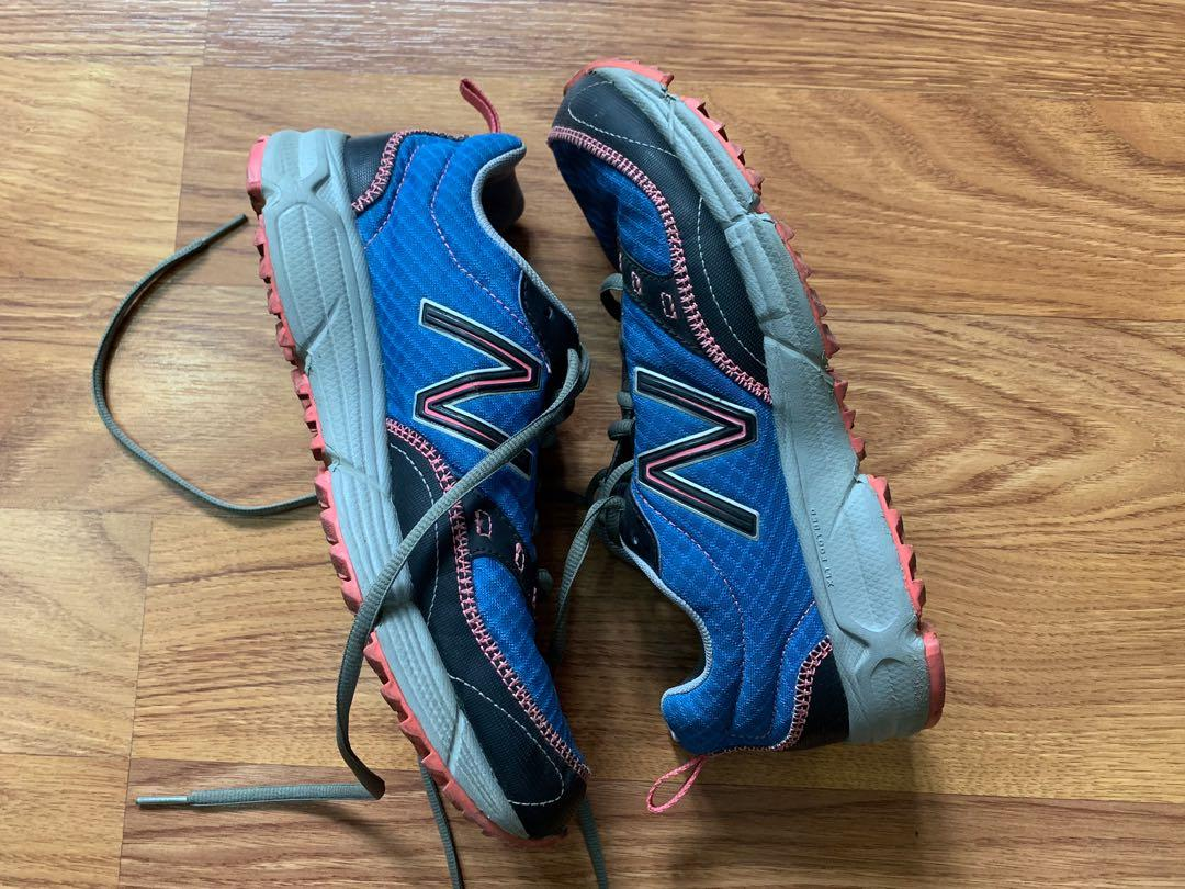 NEW BALANCE TRAIL 300