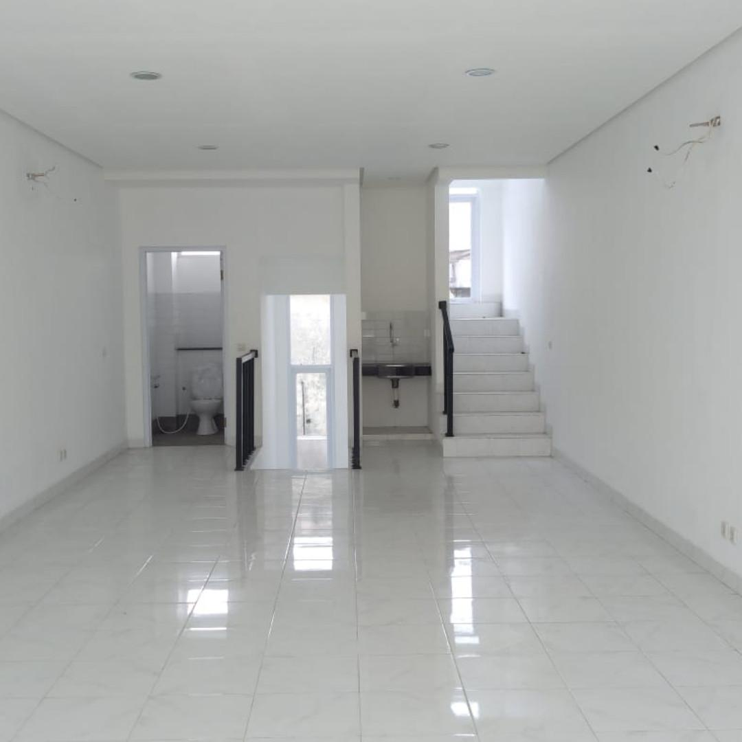 Office 3rd Floor for rent