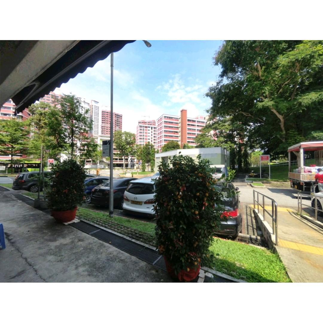 ONE OF THE CHEAPEST RENTAL - HDB GROUND FLOOR