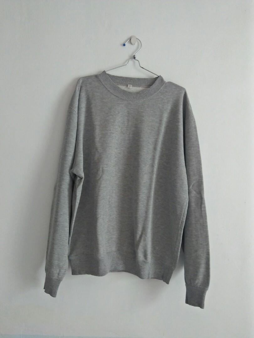 Sweater uniqlo L