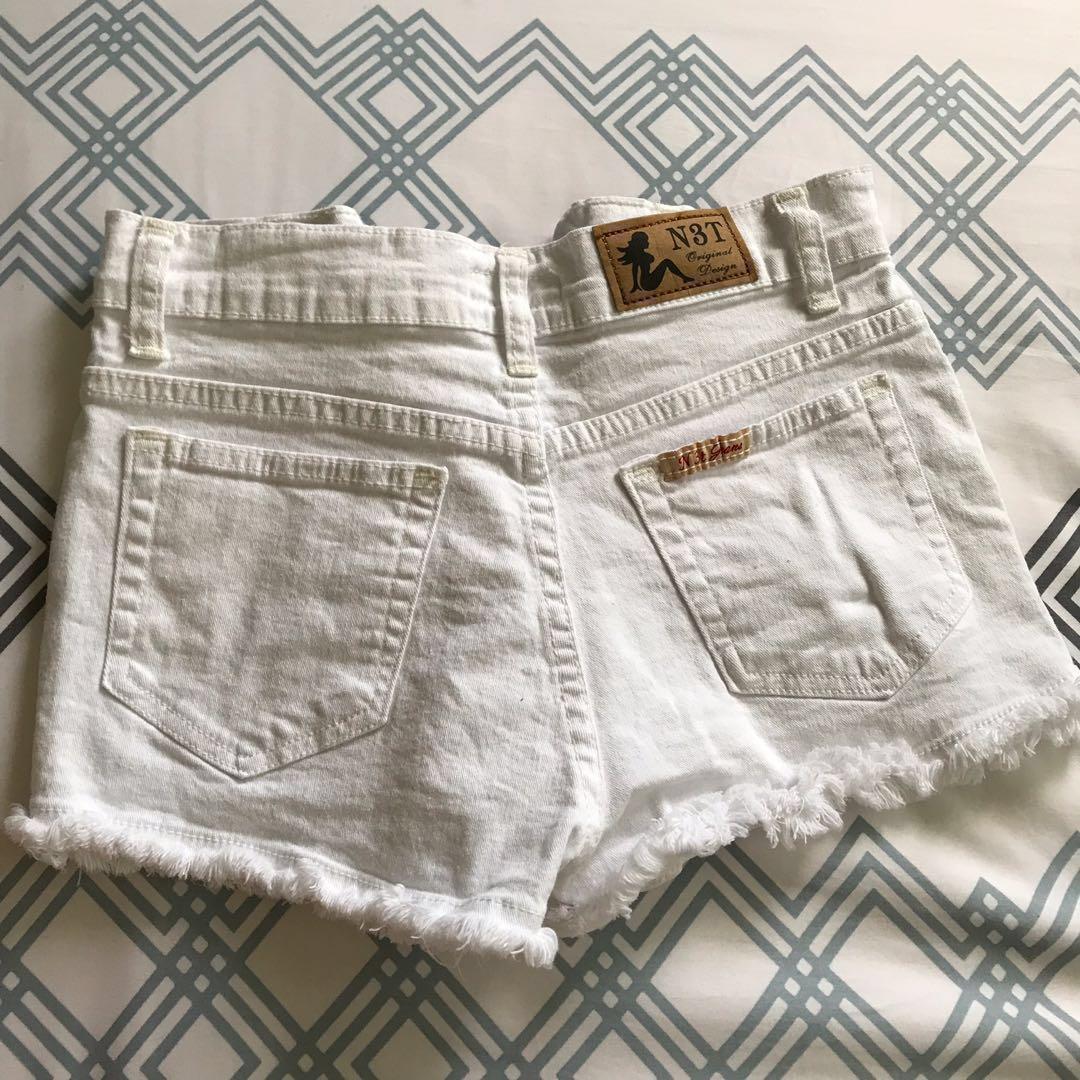 w23-25 White Denim Shorts