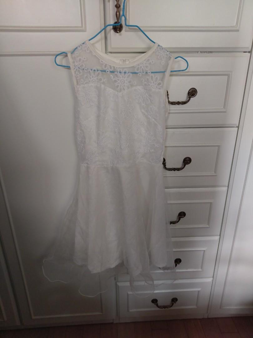 White lace dress 白色lace 裙 返工斯文裙