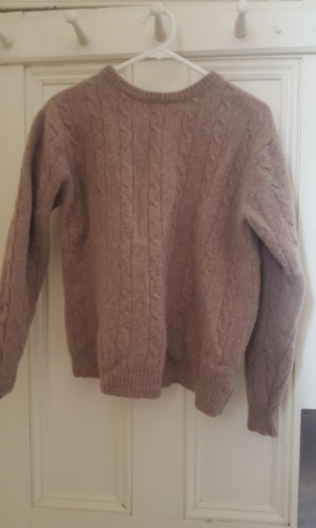 Winter jumper - size L ( would fit an M better tho)