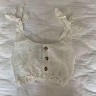 🚚 white crochet crop top